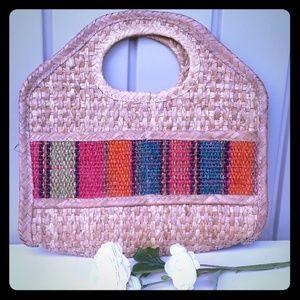 Handbags - Beautiful hand bag